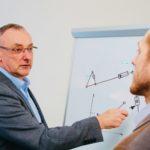 Lothar Boekels bei der Konzepterstellung